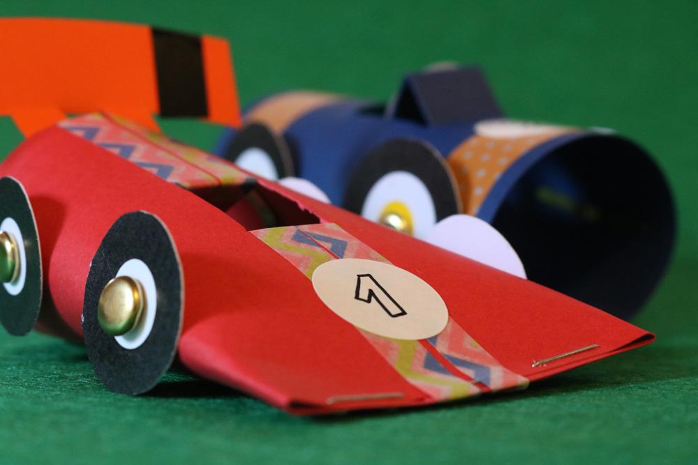 Taller cotxes de joguina